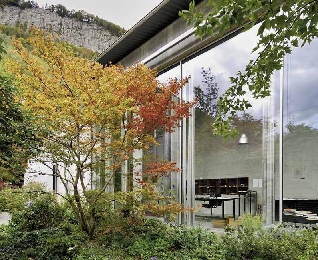Architektur Haldenstein Google Zoeken Gardens Peter Zumthor