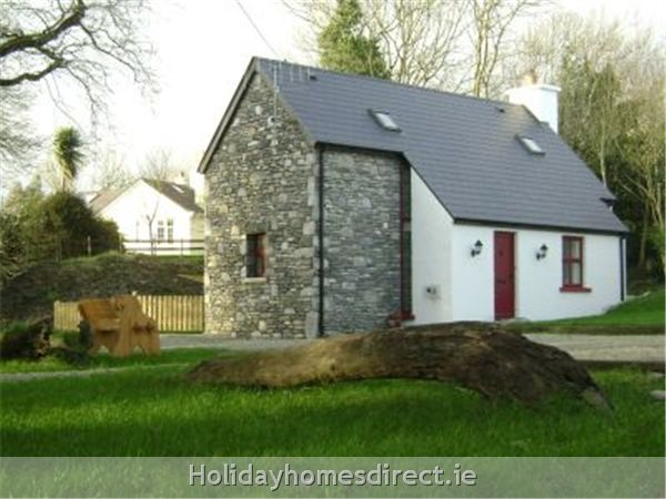 Irish bungalow with courtyard google search houses for Bungalow plans ireland