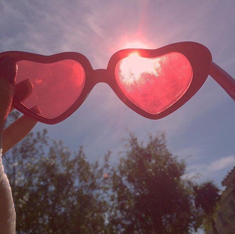 c79d2af13bc  sunglasses  sun  summer  sky  pink  love  hearts