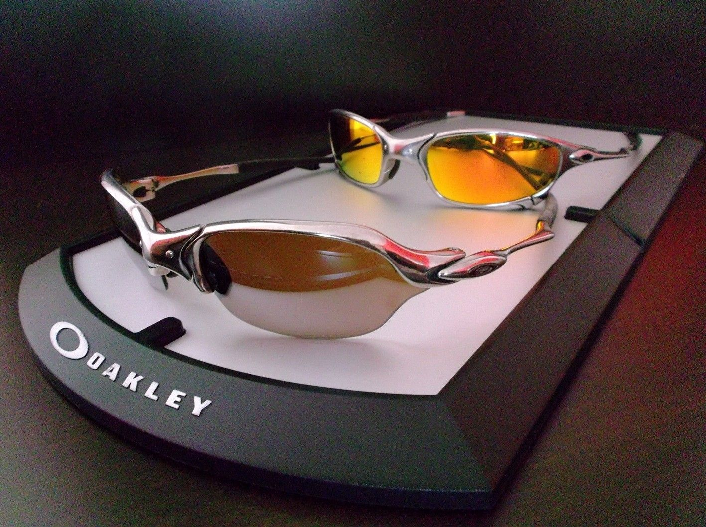 b025c52d042d How about some Oakley Juliet and Romeo to start your Thursday Off:  www.oakleyforum.c.