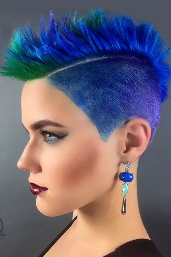 18 Badass Looks With A Mohawk Mohawk Hairstyles Mohawks And Haircuts