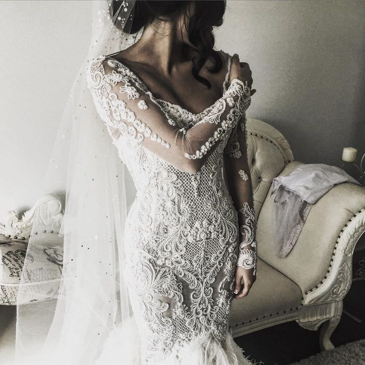 beautiful wedding dress #weddingdress #weddinggown #bridalgown #wedding #bride #longsleeveweddingdress #longsleeve