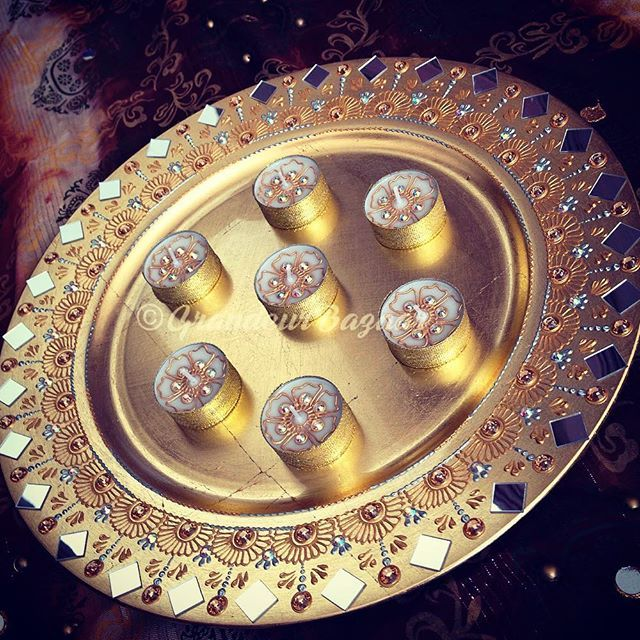 Mehndi Diya Design : Gold leaf thaal tealights