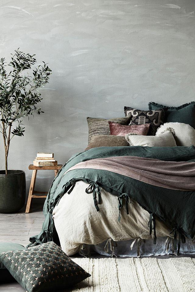 slaapkamer met groene kleuraccenten slaapkamer slaapkamer woonideen wonderewoonwereldnl pinterest autumn lifestyle and winter