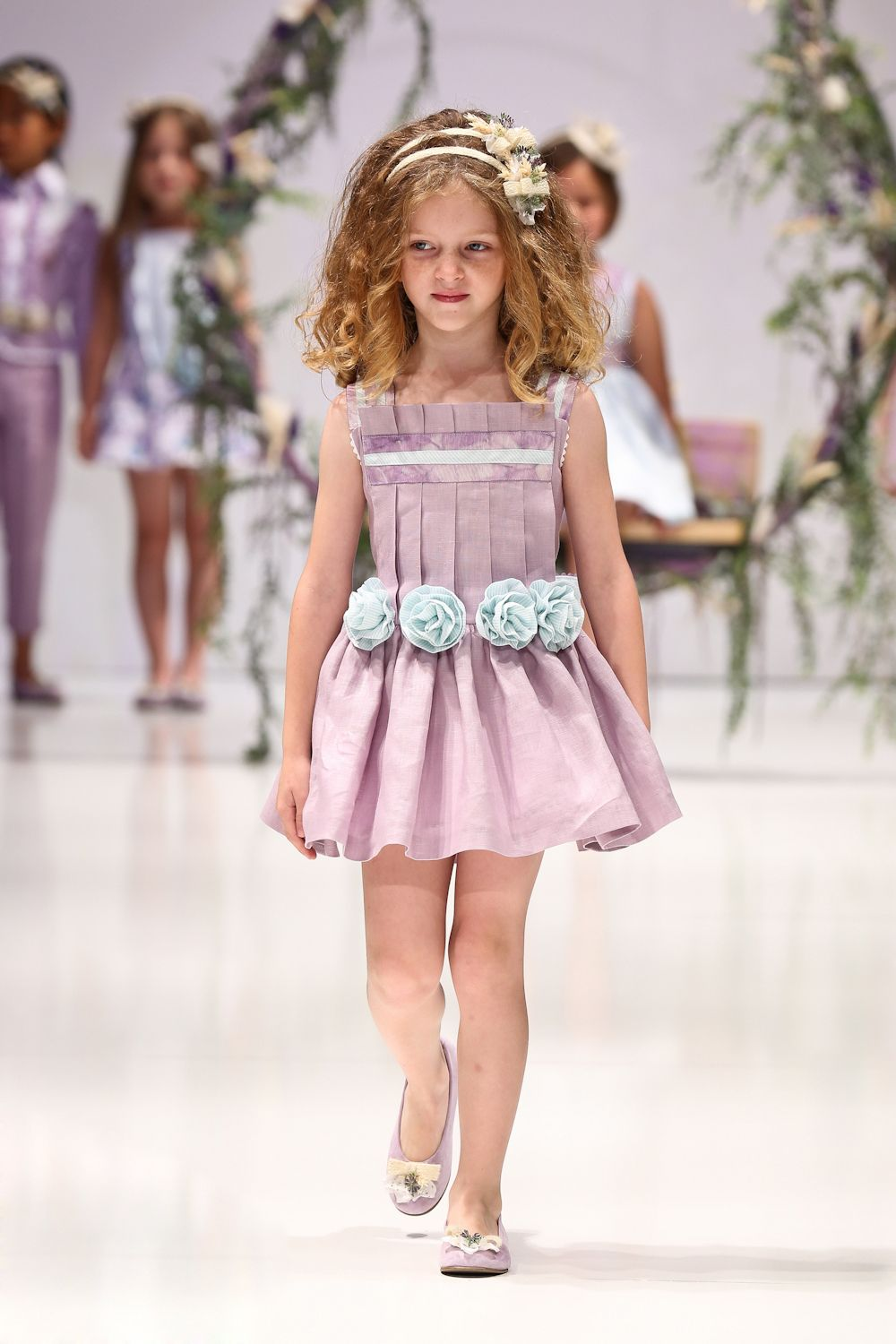 Light purple dress reviews online shopping light purple dress cheap girls dress buy quality girl dresses for weddings directly from china girls dresses for suppliers new novelty pleated girl dress light purple flower ombrellifo Gallery