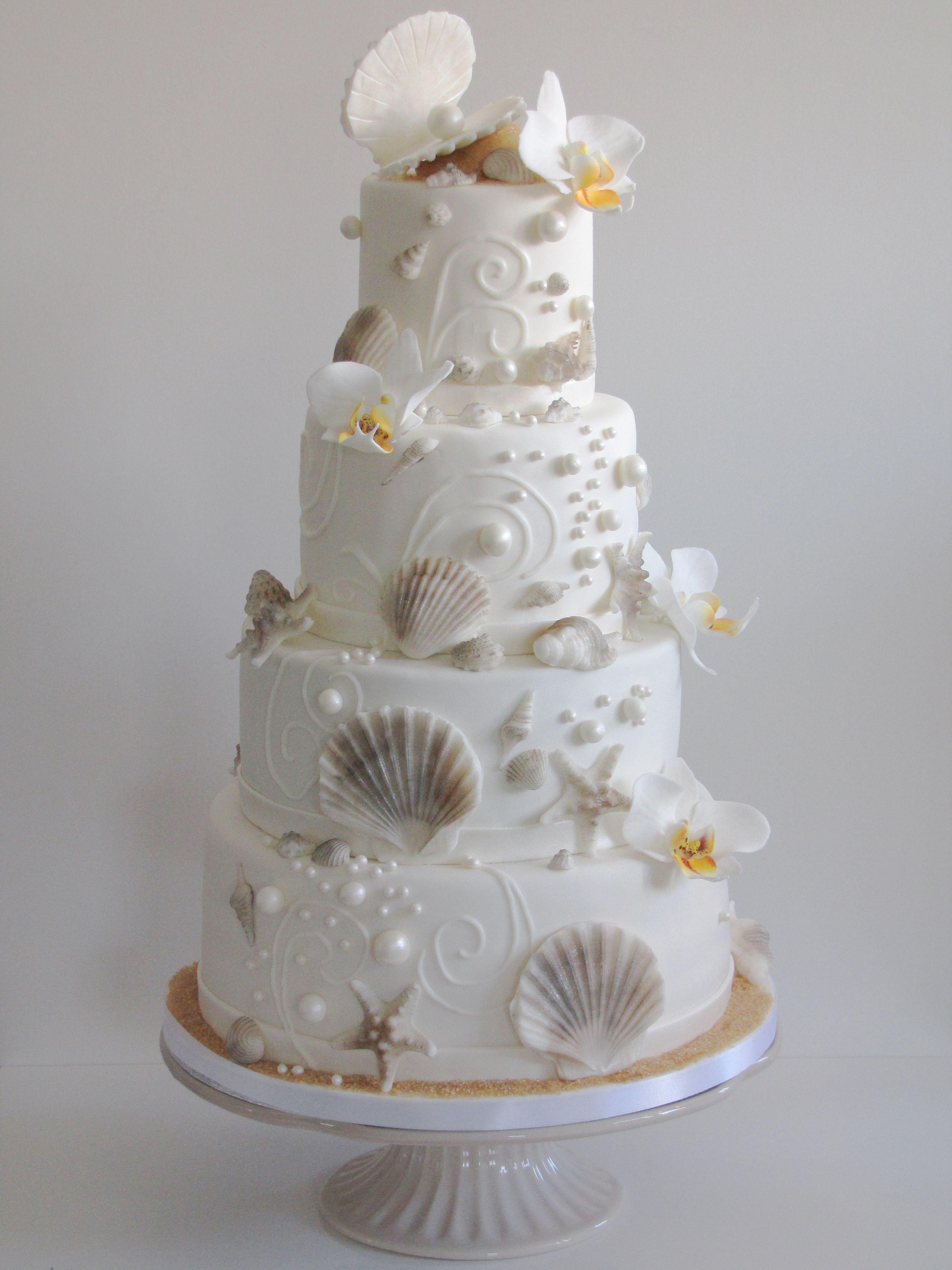 Hochzeitstorte maritim Muscheln Perlen Sand Meer  Lovely Cake Couture  Hochzeitstorte