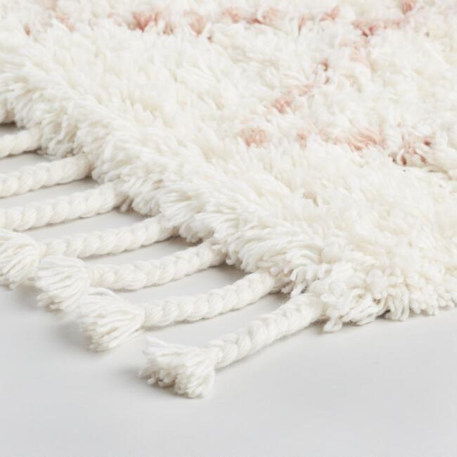 Blush Moroccan Style Trellis Wool Shag Azize Area Rug V2