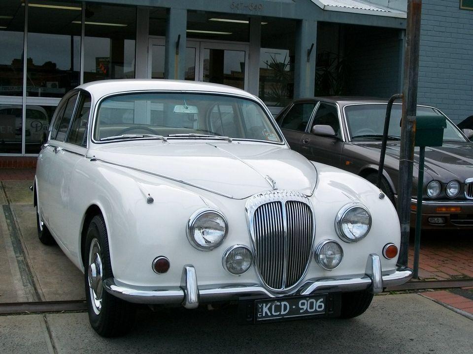 1968 Daimler 250 V8   movement   Pinterest   Cars, British car and ...