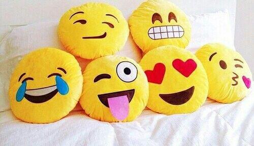 Almuhadones o emoticones super lindos😄