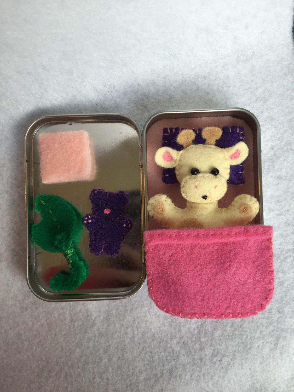 Giraffe Felt Miniature Plush Playset In A Tin Lil Matey