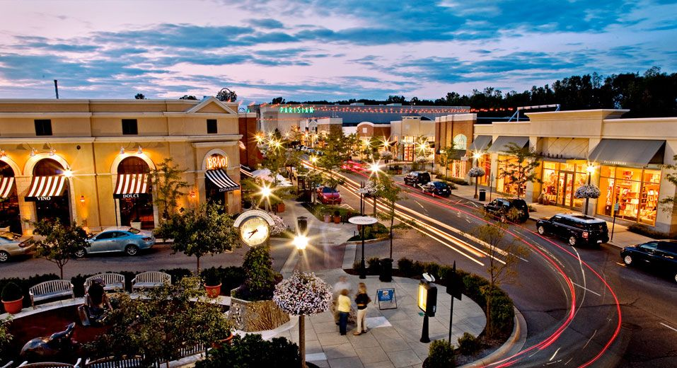 Great Outdoor Shopping The Village Of Rochester Hills Rochester