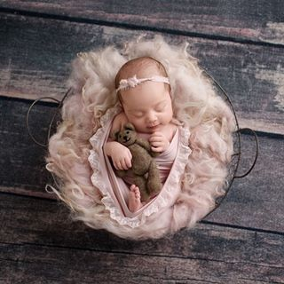 Behind the Scenes {newborn} with Crystal - Crystal ...