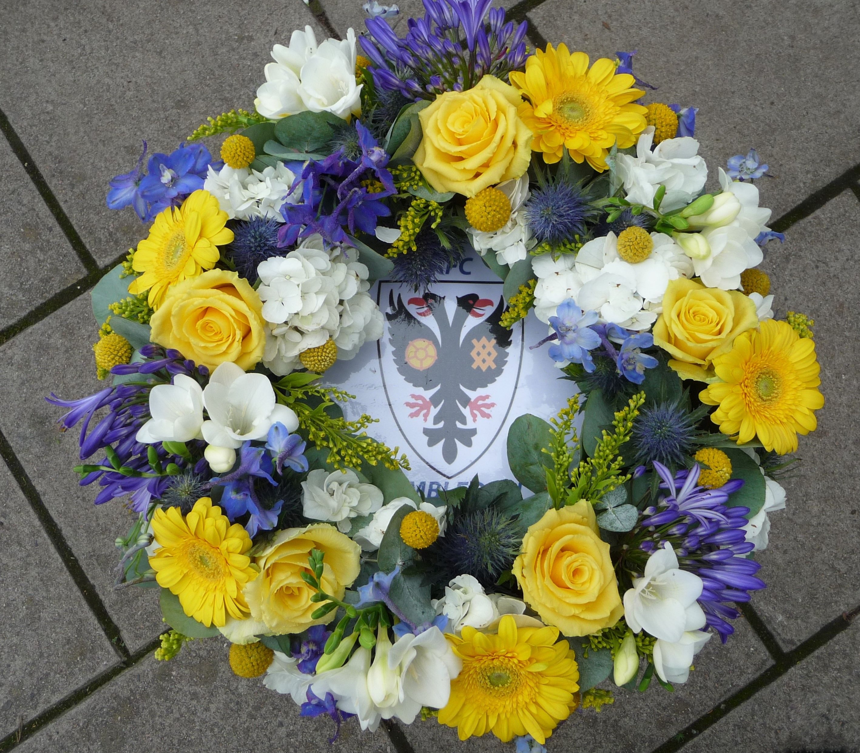 Bespoke funeral tribute for a fan of afc wimbledon football club bespoke funeral tribute for a fan of afc wimbledon football club izmirmasajfo