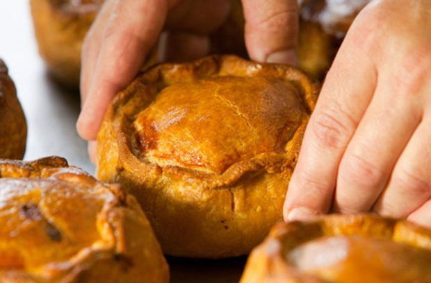 How to make a pork pie   Pork pie recipe, Melton mowbray ...