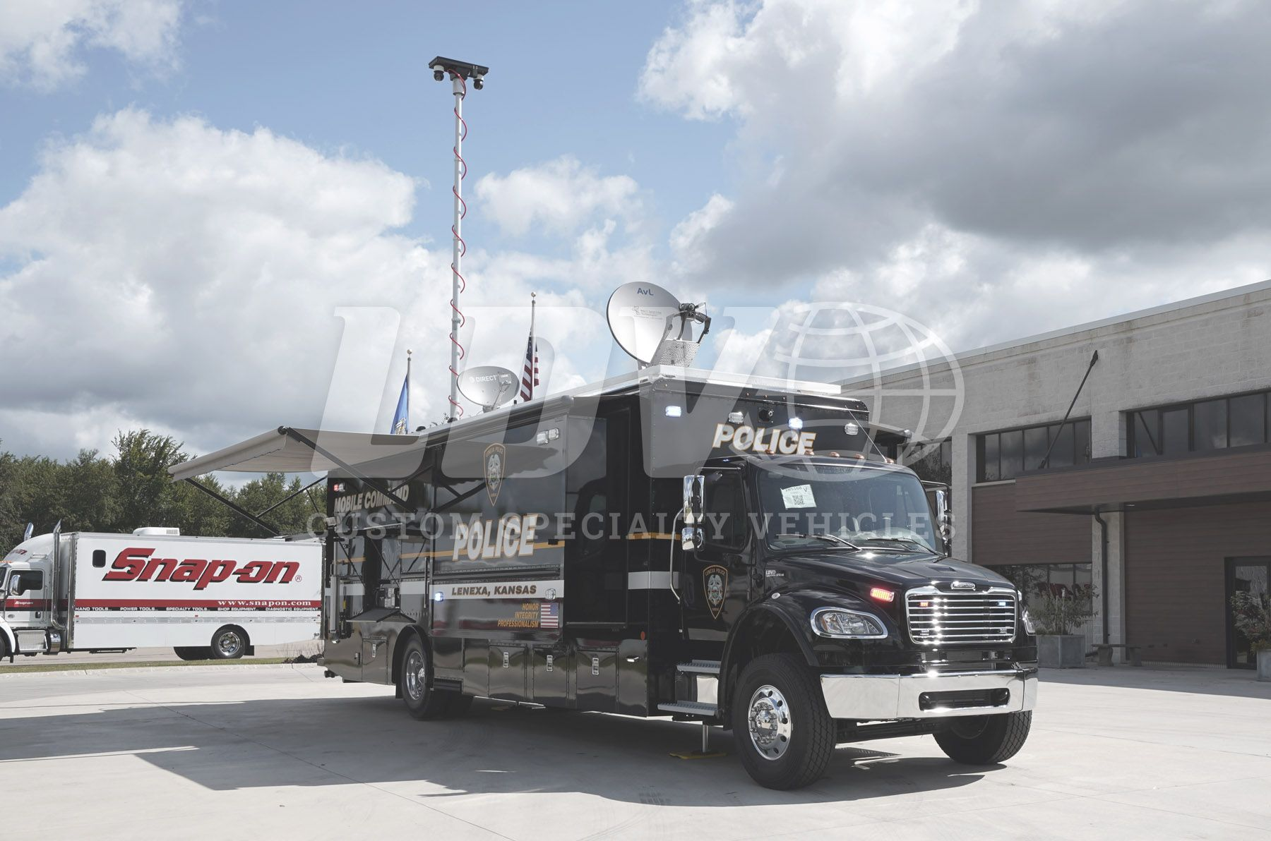 Lenexa Police Department Ks Mobile Command Center Mobile Command Center Wide Body Command Center