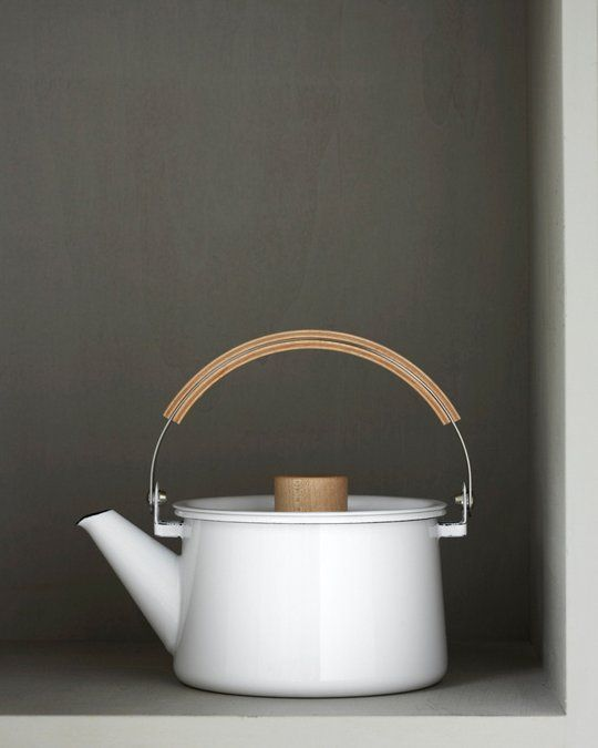A fun collection of beautiful tea kettles. Bring on the hot chocolate and hot tea!