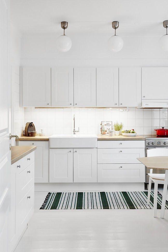 Iluminación extra en la cocina | Cocina nórdica, Cocinas blancas y ...