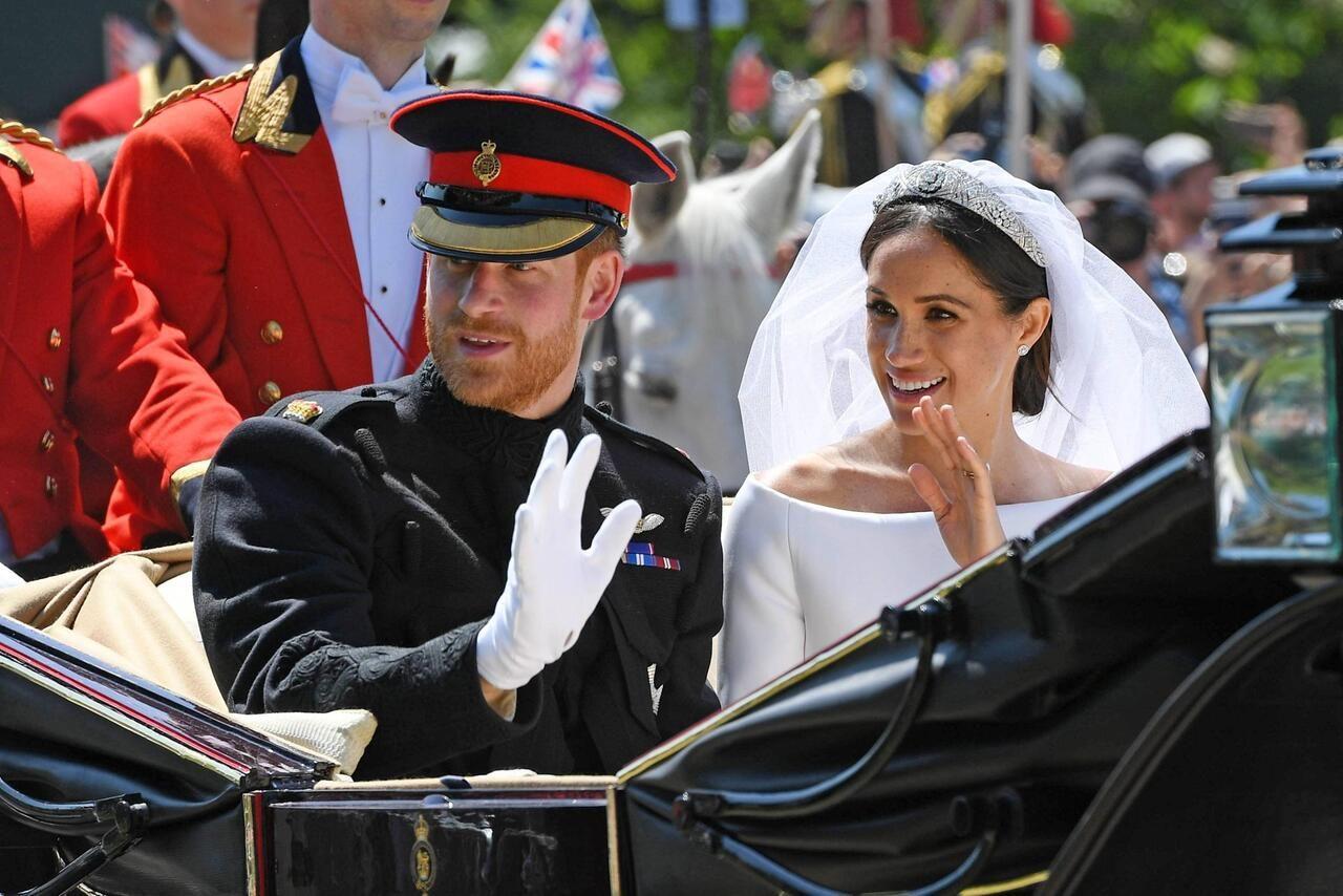 Hochzeit Von Meghan Und Harry Der Kuss War Das Highlight Des Tages Prince Harry Photos Prince Harry Harry Wedding
