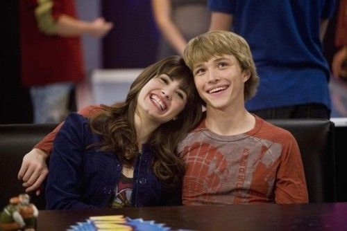 Sonny And Chad Sonny With A Chance Sunny Entre Estrelas