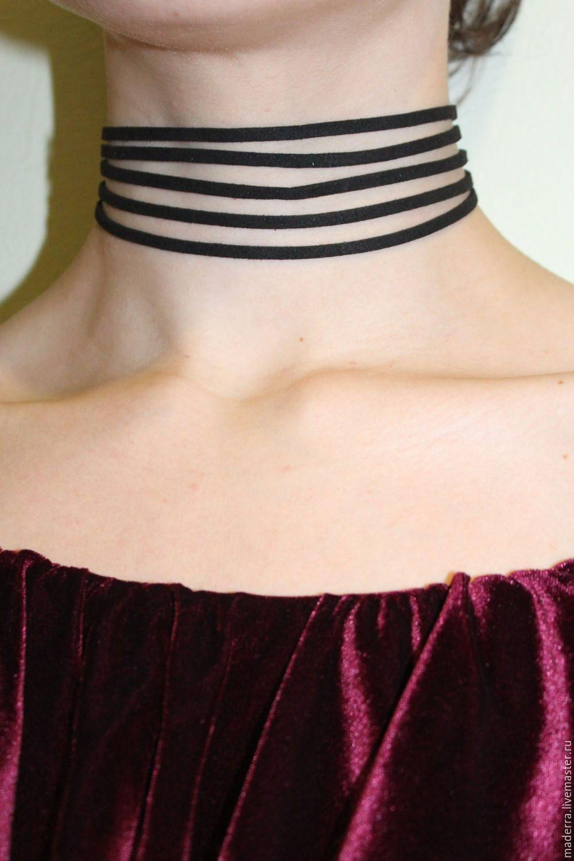 это бархатная повязка на шею фото соединения осуществляется