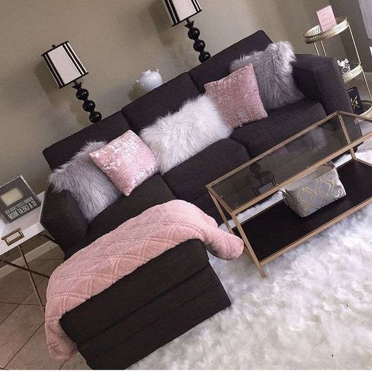 41 Pervect First Apartment Decoration Ideas Apartment Apartmentdecor Apartmentliving Apartm Living Room Decor Apartment Pink Living Room Purple Living Room