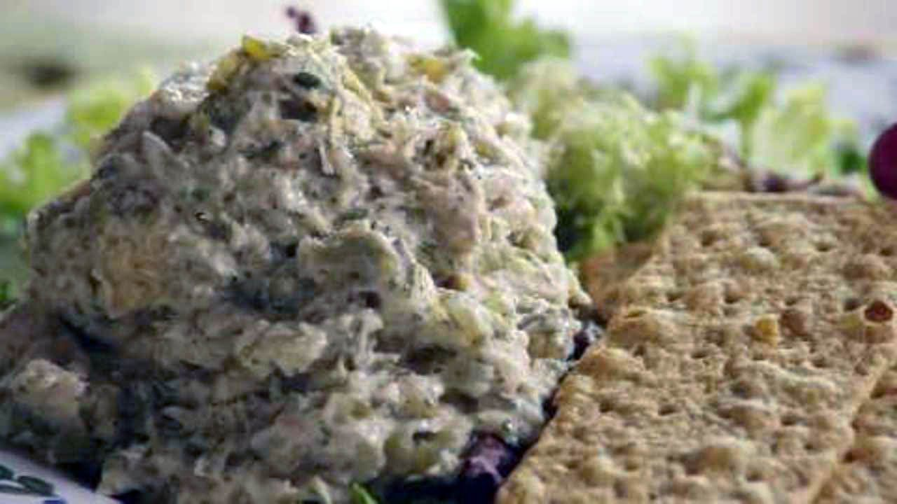 Ways To Eat Cock Tuna Salad W Grapes Healthy Options