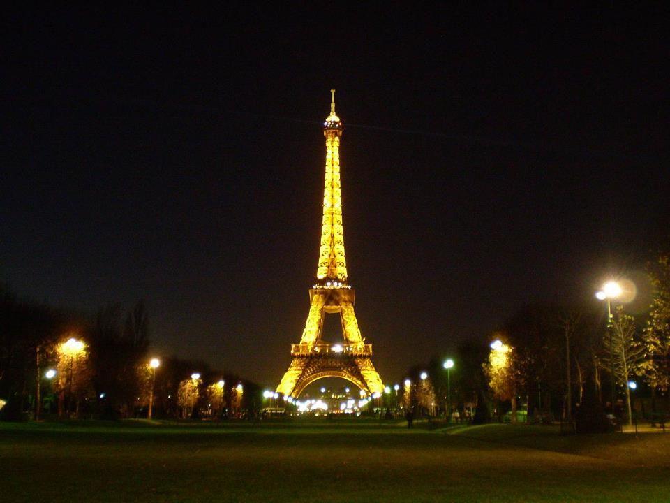 la torre de noche <3
