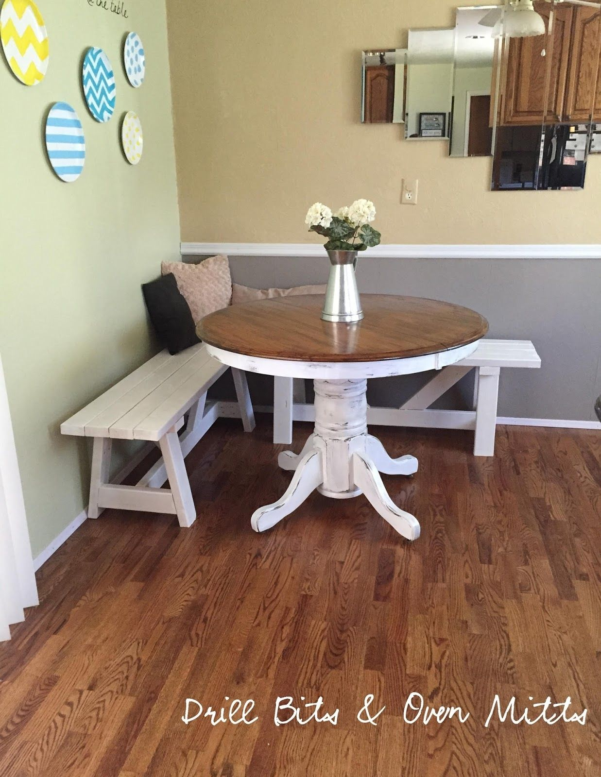 corner kitchen table with bench plans - the kitchen is a very