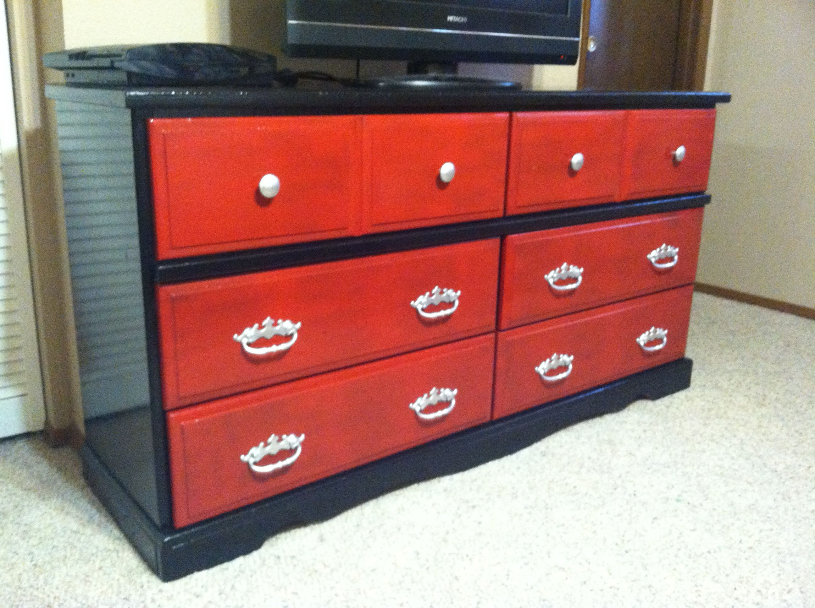 Merveilleux Black And Red Painted Dresser With Silver Handles.