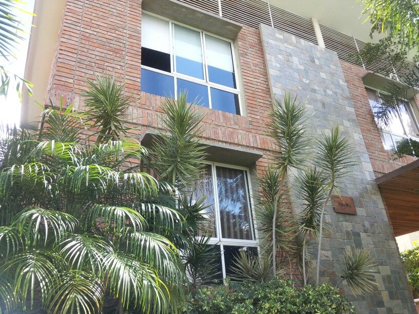 Se alquila espectacular casa en El Marqués NorteDos pisos, 3 ...