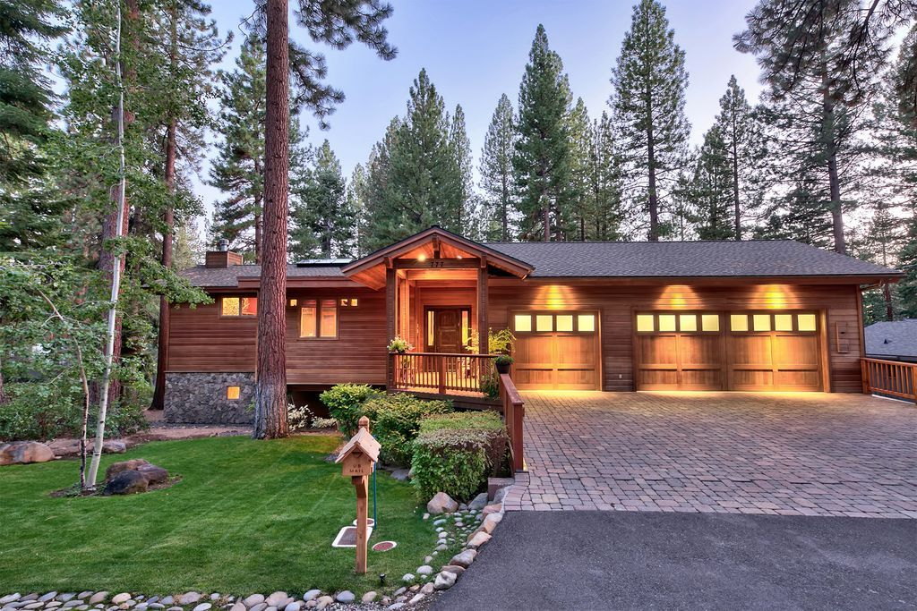 777 Joyce Ln Incline Village Nv 89451 Zillow Real Estate House Styles Zillow