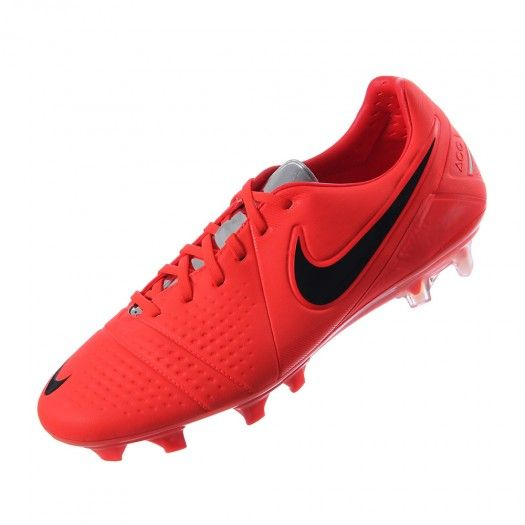 uk availability a865d 57aa9 Los tachones de fútbol para superficies firmes para hombre CTR360 Maestri  III de Nike cuentan con