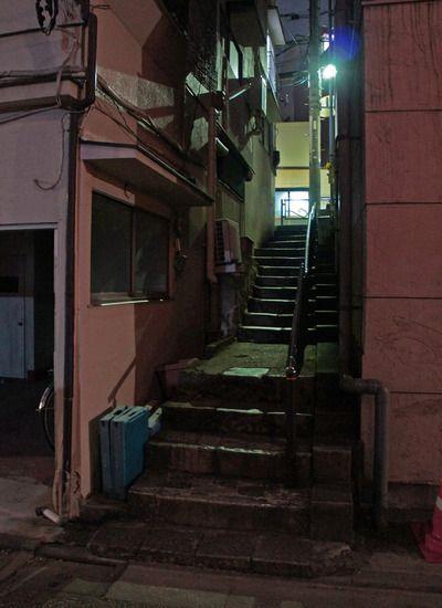 夜散歩のススメ「菊坂脇階段」東京都文京区