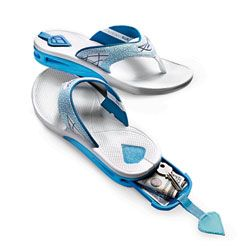 10017176f8b4 These are brilliant! Reef flip flops with a hidden compartment for ...
