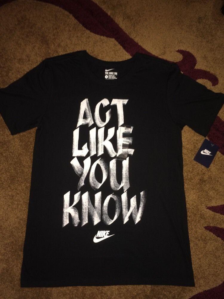 74a69a111a0e Nike NWT Size S Small Mens Training