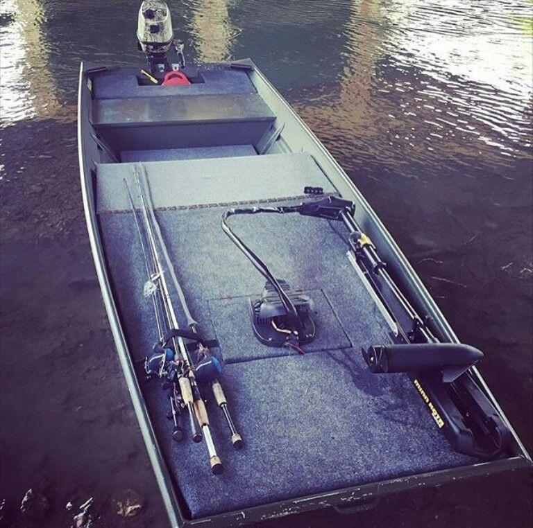 Custom tinboat with platform jon boats pinterest for Custom fishing boats