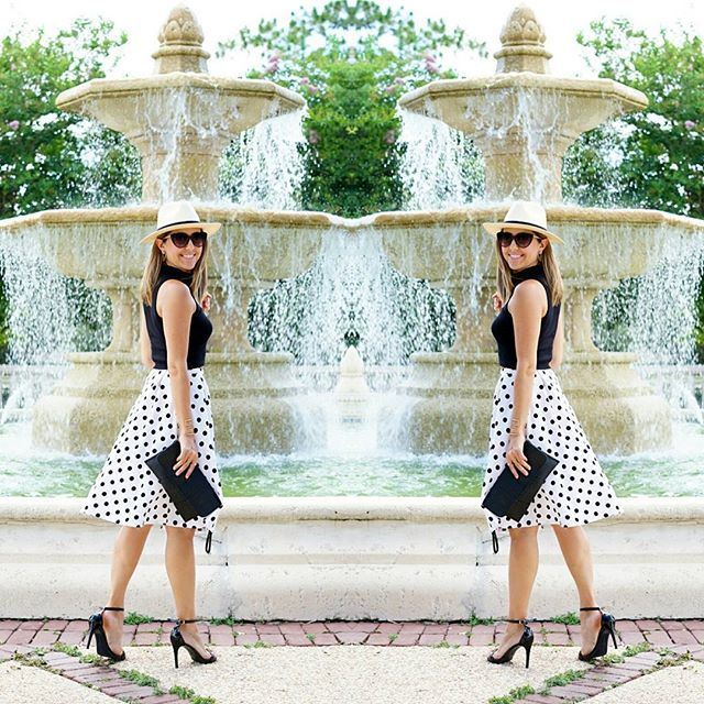 Pairing a sleek little turtleneck with a full skirt - I love this shape!! 💕 💕 ((Details at link in profile.)) #turtleneck  #polkadots #panamahat #fullskirt #ootd #jseverydayfashion #teacherstyle #orlandofashionblogger #budgetfashion