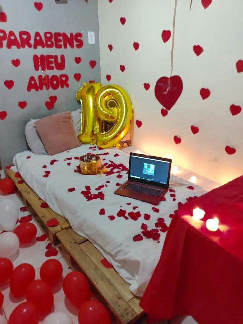 Surpresa para namorado no quarto simples e barata