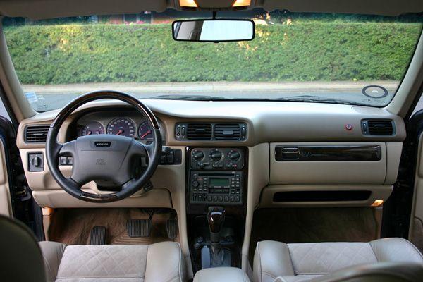 Volvo V70 AWD (1998) interior | Found... | Pinterest