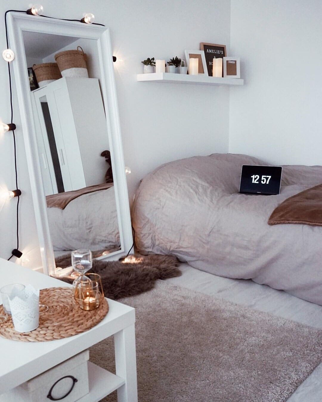 Pinterest Trinitie99 Dorm Room Ideas For Girls Minimalist Cozy Neutrals Bedroom Decor Bedroom Design Room Inspiration