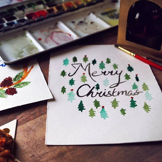 Do you want to draw Christmas Cards to your family and friends? Read my tips on my blog!  (Link in my bio)  #christmas #draw #drawing #family #friends #tips #blog #diy #cards #postcards #christmascards #diy #christmasdiy #veganblog #vegan #vegetarian #vegetarianblog #art #christmastree #pine #pinetree #green #typography #writing #seasonsgreetings #endoftheyear