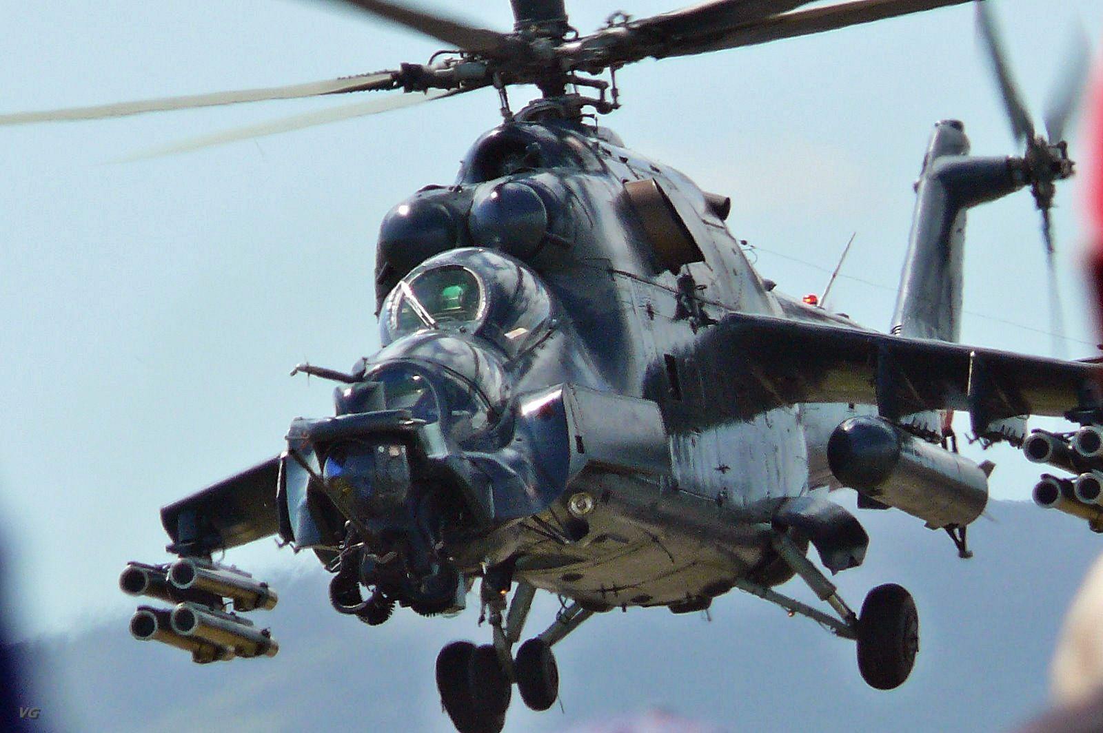 Helicopter Gunships em 2020 Aeronave, Força aerea