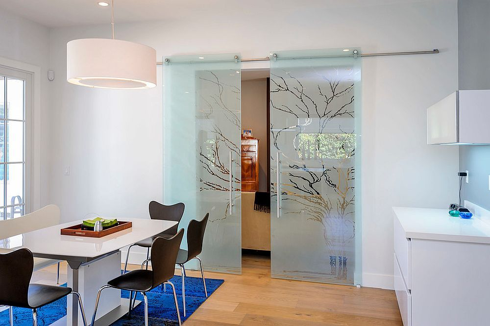25 Diverse Dining Rooms With Sliding Barn Doors Dining Room Trends Glass Barn Doors Doors Interior
