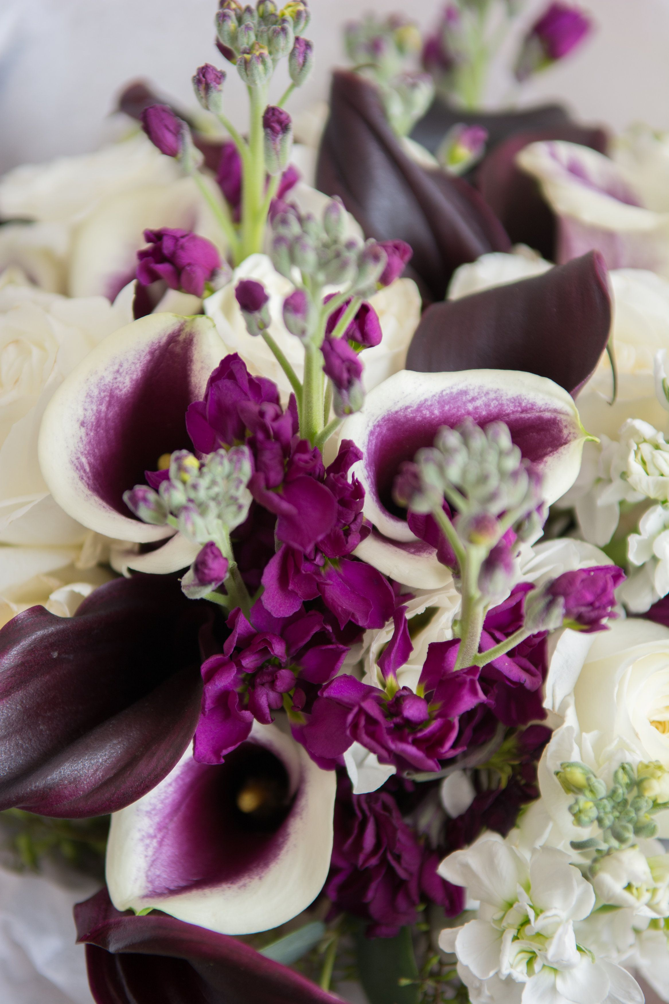Gorgeous purple orchid bouquet matches with purple rhinestone