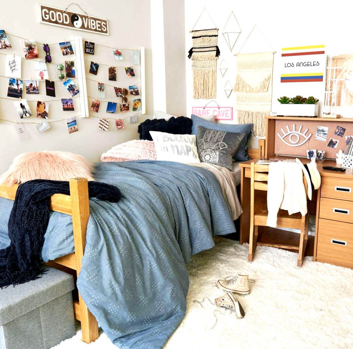 Hangit Photo Display White Room Ideas In 2019