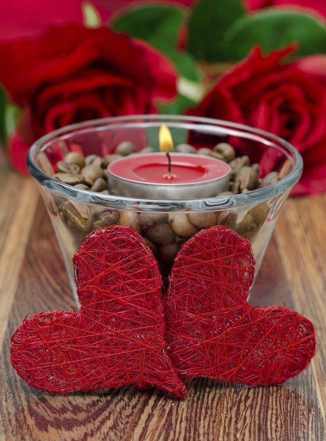 19 Unusally Easy Cheap Diy Valentines Day Home Decorations Valentine Candles Valentine S Day Diy Valentines Diy
