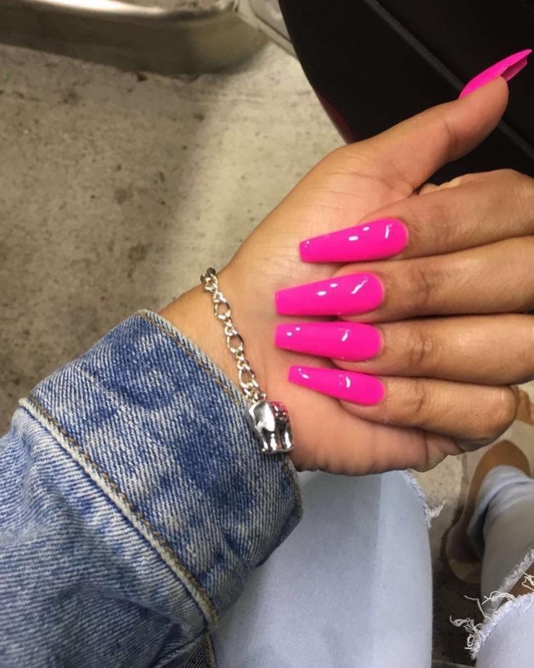 Ig Bold Beautycollective Pink Nails Fake Nails Toe Nails