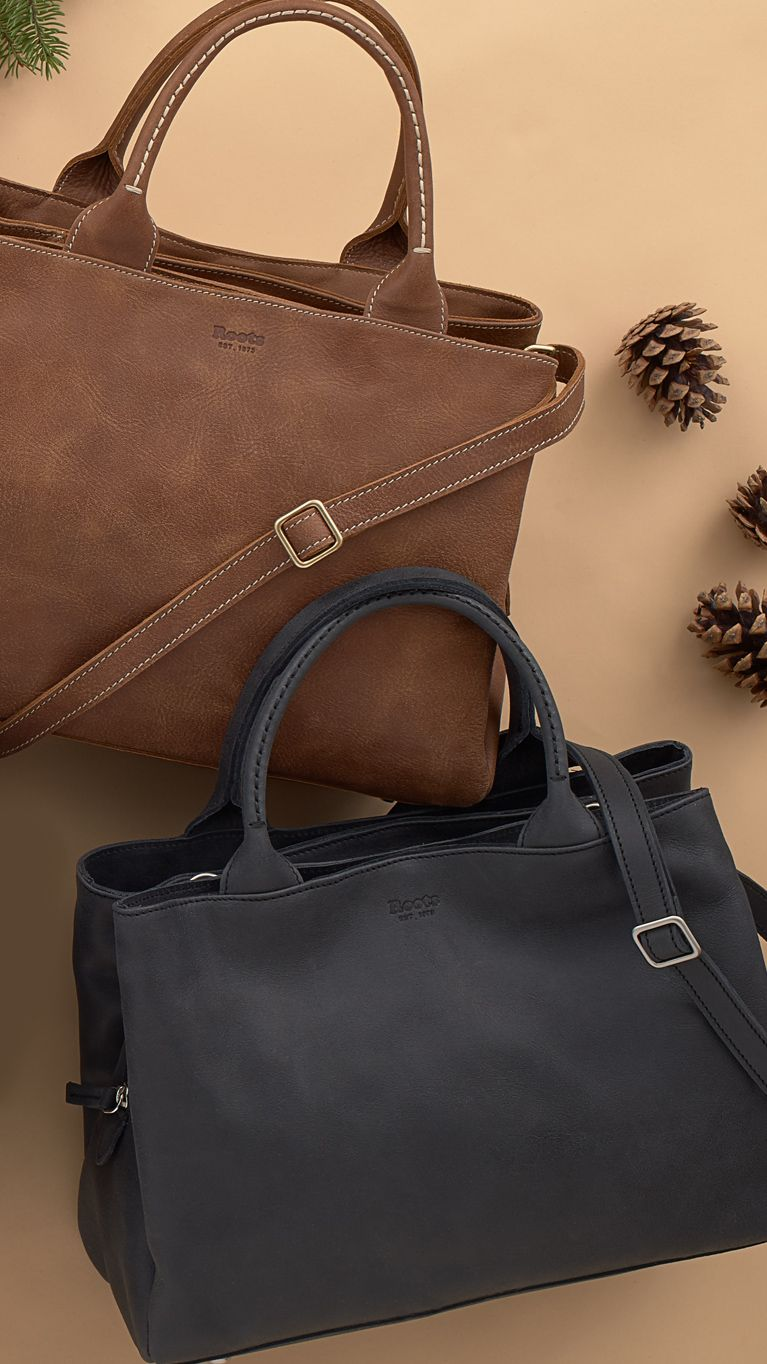2996eab37e8 A modern update of a Roots favourite, our Mont Royal Bag features a sleek  silhouette