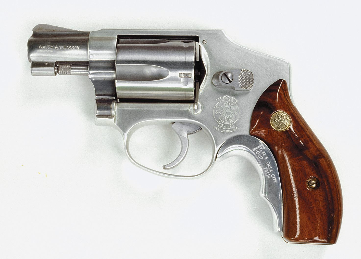 the Smith & Wesson Corp. model 640. Heavier than lighter Airweight ...