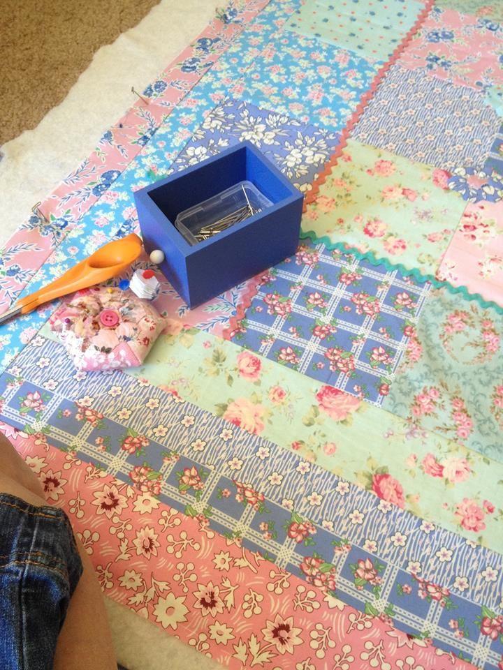 Me basting a quilt   Material Girls   Pinterest : basting a quilt - Adamdwight.com